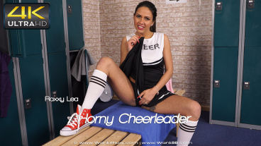 hornycheerleader-preview-small