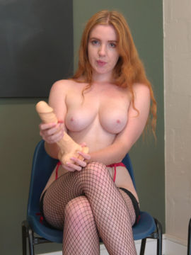 I will talk dirty while sucking your big hard cock 8