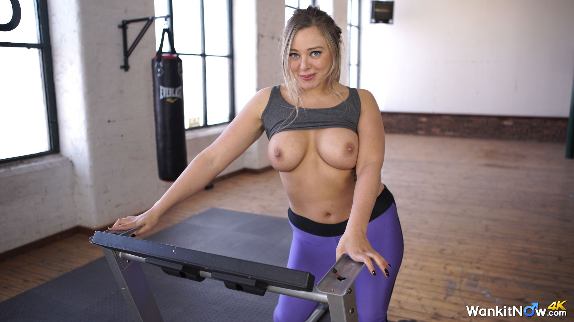Great tits bouncing as i fuck myself august 2018 - 5 6