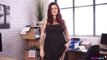 miss-selene-the-office-bitch-116