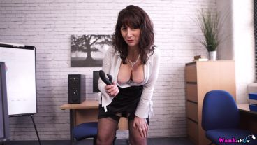 toni-lace-office-wanker-126